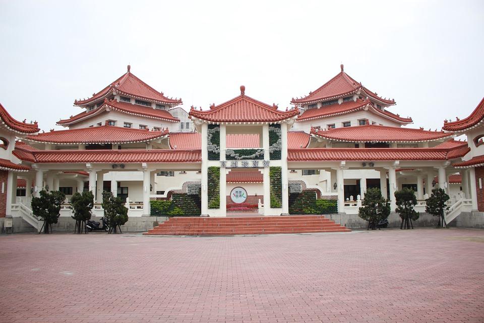 10月半ばに離任の沼田幹夫代表が台湾外交部から「特種外交奨章」を受章